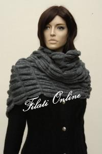 SC8 sciarpa gioiello misto lana grigio chiaro misura 33x132 pesa 165gr e costa 27€