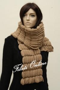 SC8 sciarpa gioiello misto lana nocciola misura 33x132 pesa 165gr e costa 27€