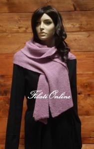 SC4 sciarpa punto fiore misto lana nera con un filo sottilissimo dilurex nero misura 40x 168cm e pesa378gr costo 24€